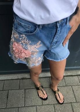 Alma cowboy shorts