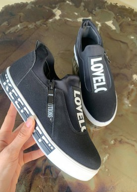 diva sneakers black