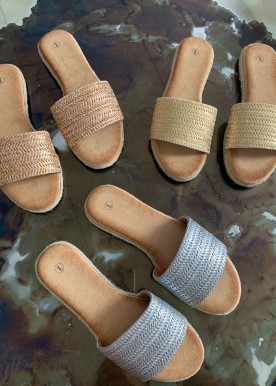 Amna slippers silver