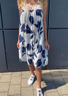 Naomi kjole hvid