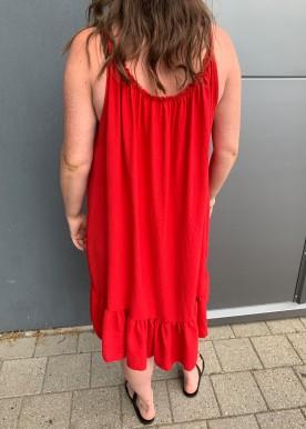 saga kjole red