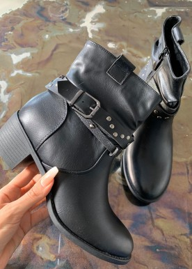 Erna boots black