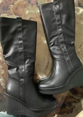 emily boot long black shine