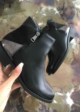 Mone boots black K116