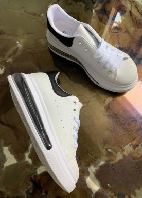 goja sneakers black
